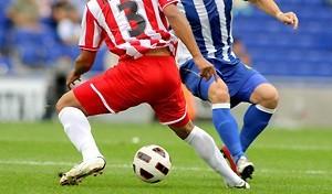 fussball-schneller-zweikampf