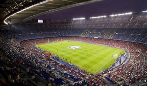 fussballstadion-von-innen