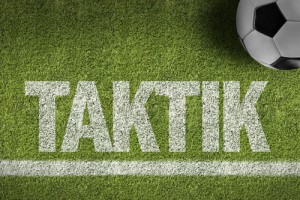 fussball-rasen-taktik