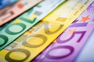 geld-euro-cash-banknoten-50-100-200-500