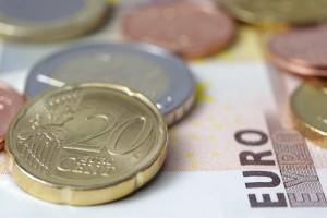 geld-muenzen-euroscheine